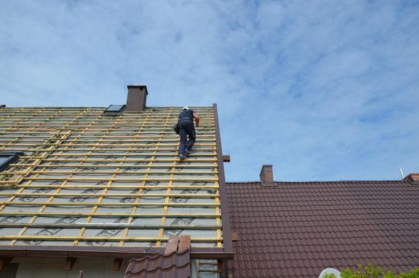 Poprawne układanie membrany dachowej